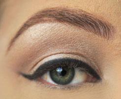 eye-liner-mandorla1