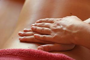 massaggiare-mani